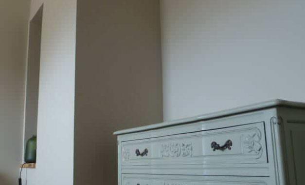 Kommode-Schlafzimmer-Stuck